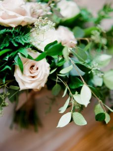 Oak   Lily Flowers ~ Brittany Mahood PhotographyMC Wedding-10