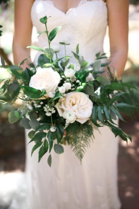 White Green Wedding Bouquet Oak & Lily D&L-277